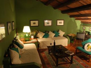 Masseria Pernice - Casina delle Papere - Monreale vacation rentals