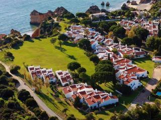 Prainha villa C12 - Alvor vacation rentals