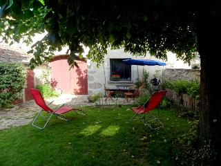 2 bedroom House with Internet Access in Gevrey-Chambertin - Gevrey-Chambertin vacation rentals