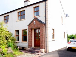 Bushmills Holiday Cottage with Golf Nearby - Bushmills vacation rentals