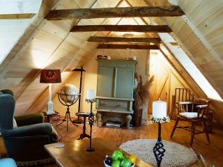 La Cachette - Entraygues-sur-Truyere vacation rentals