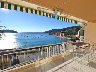 Villefranche Vista - Stunning 2 bed apartment. - Villefranche-sur-Mer vacation rentals