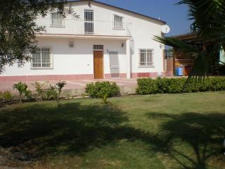 1 bedroom House with Internet Access in Melilli - Melilli vacation rentals
