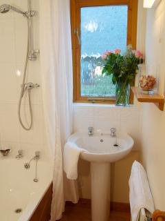 2 bedroom Lodge with Internet Access in Hudswell - Hudswell vacation rentals