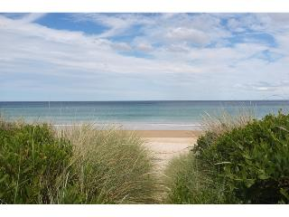 2 bedroom House with Television in Beaumaris - Beaumaris vacation rentals