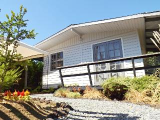 Bright 5 bedroom Villarrica House with Internet Access - Villarrica vacation rentals
