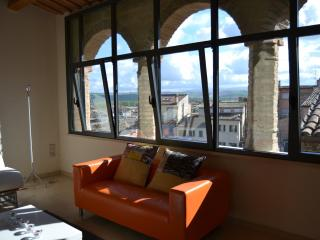 Cozy 2 bedroom Condo in Jesi with Internet Access - Jesi vacation rentals