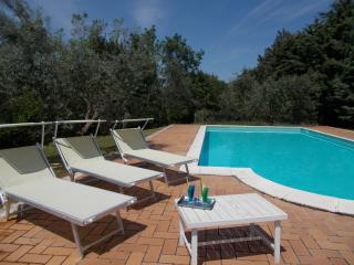 Romantic 1 bedroom Condo in Tivoli - Tivoli vacation rentals