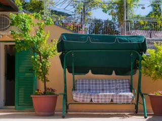 Tetto Fiorito - Castellammare Di Stabia vacation rentals