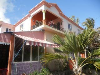 Villa la Romance Kreol - La Ferme vacation rentals