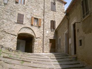 appartamento in borgo medievale della maremma - Monticello Amiata vacation rentals