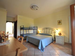 casa vacanze patrizia beb Mono 4 a - Montefiore dell'Aso vacation rentals
