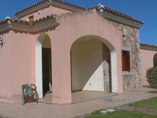 affitto appartamento a San Teodoro con giardino - San Teodoro vacation rentals