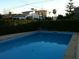 Apartment with 3 bedrooms near Wonderful beach - Port de Pollenca vacation rentals