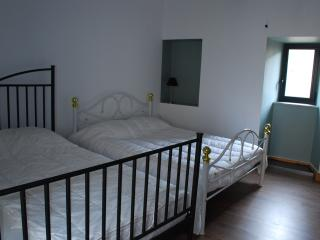 Cozy 2 bedroom Gite in Millau with Game Room - Millau vacation rentals