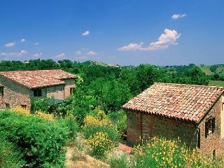 Piccolo Borgo - Amandola vacation rentals