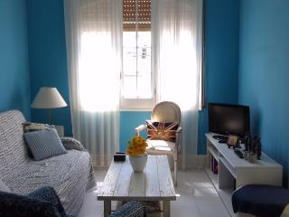 BLUE SITGES APARTAMENT - Sitges vacation rentals