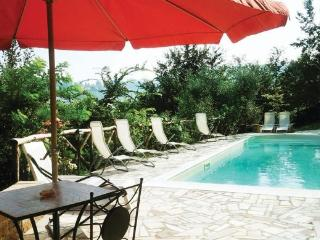 Nice B&B with Internet Access and Dishwasher - Casperia vacation rentals