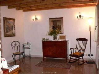 Nice House with Internet Access and Satellite Or Cable TV - Arqua Petrarca vacation rentals