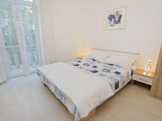 Room with balcony on the beach Kolovare - Zadar vacation rentals