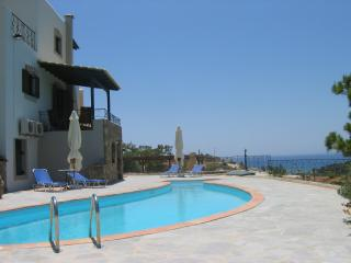 Lyronda Villa - EOT License Registered - Makry-Gialos vacation rentals