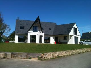 Holiday Home 200m2 50m from beach - Fouesnant vacation rentals