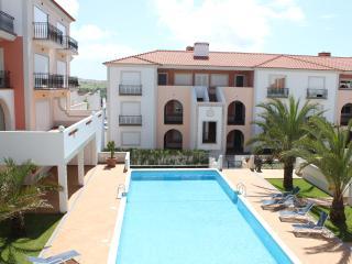 Ap.for up 4 pax-Praia D'El Rey Golf & Bea - Caldas da Rainha vacation rentals