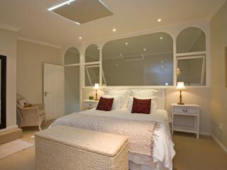 2 Bedroom Apartment in Camps Bay - Camps Bay vacation rentals