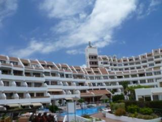 2 bed, sea / pool view apart. - Playa de las Americas vacation rentals
