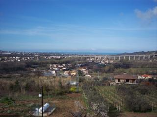 Apartment near the golf course - Miglianico vacation rentals