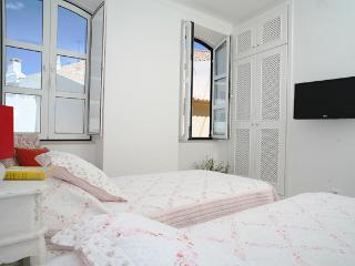Studio Rosmarin in town centre - Faro vacation rentals