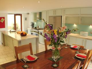 Sillwood Road House - Town House for Weekend Breaks or Family Holidays - Brighton and Hove vacation rentals