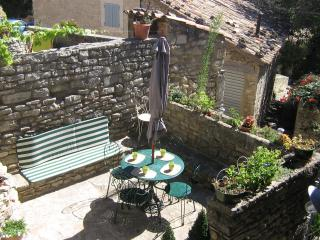 Cozy 3 bedroom Saignon House with Internet Access - Saignon vacation rentals
