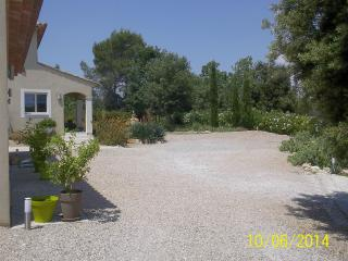 Cozy 2 bedroom Les Arcs sur Argens B&B with Short Breaks Allowed - Les Arcs sur Argens vacation rentals