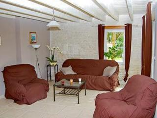 Perfect 3 bedroom Villa in Rouillac - Rouillac vacation rentals