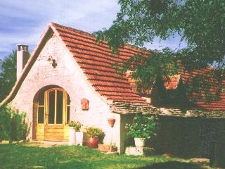 Beautiful Gite with Internet Access and Microwave - Gréalou vacation rentals