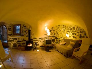 Renovated Appartement in old stable in Vallouise - Vallouise vacation rentals