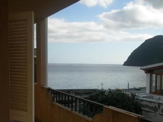Appartamento a pochi passi dal mare - Lipari vacation rentals