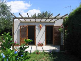 Dependance confort Syracuse Sea and Garden - Fontane Bianche vacation rentals