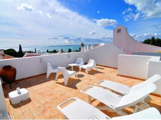 LuxuryDuplex Apartment Prainha - Alvor vacation rentals