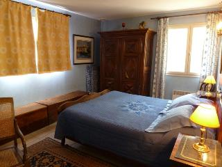 3 bedroom Guest house with Internet Access in Ailhon - Ailhon vacation rentals