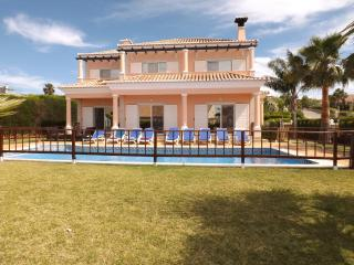 Luxury V4 (-12p) pool, golf,beach - Vale do Lobo - Almancil vacation rentals