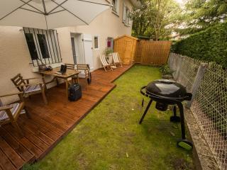 F2 jardin à Boucau, proche Anglet Bayonne Biarritz - Anglet vacation rentals
