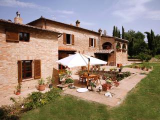 Tenuta la Santissima Suite Lily - Sovicille vacation rentals