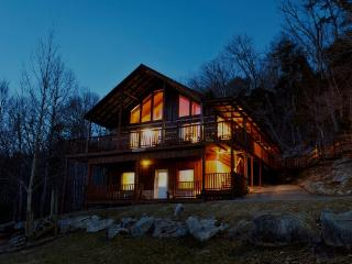 Family 4/3.5 cabin in the Smokies - Deer Lodge - Townsend vacation rentals