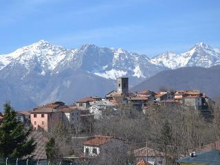 Patrizia's house in Careggine near Castelnuov - Careggine vacation rentals