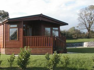 3 bedroom Lodge with Internet Access in Carnforth - Carnforth vacation rentals