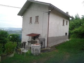 Nice 2 bedroom House in Teramo - Teramo vacation rentals