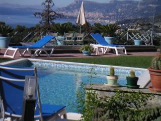Appartamento con vista sulla costa azzurra - Camporosso vacation rentals