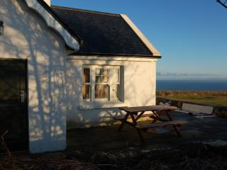 Beautiful Cottage with Dishwasher and Linens Provided - Ballycastle vacation rentals